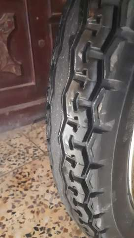 HONDA 125 fornt and back tyres