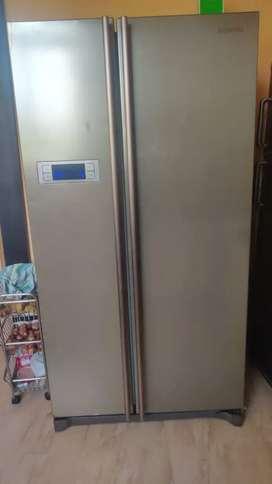 Samsung side by  side Double door fridge 574 lt