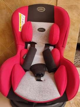 Car Seat Pliko Warna Merah