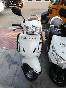 Auto India Honda Activa Excellent condition clear dot call ma