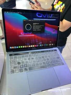 MacBook Pro 2017 13inch Core i5 SSD 256gb