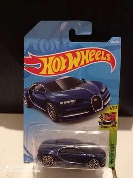 Hotwheels bugatti blue