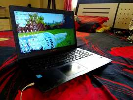 Good conditioned Asus laptop