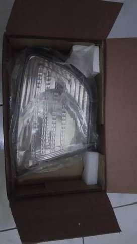 Batok lampu sein kanan kijang kapsul