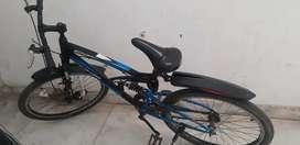 Dis brak front wheel back wheel is pawer brak dabal soker this chan
