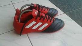 Jual sepatu futsal Adidas Ace ori 100%