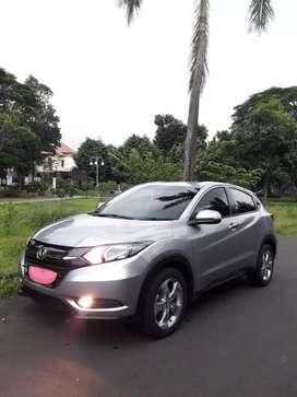 Honda HRV E CVT 2017 Matic, Abu2. TANGAN PERTAMA