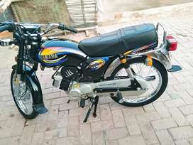 Yamaha excellence 2004 for sale in mint condition