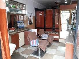 Beauty Parlour On Rent at Sharda Road Meerut