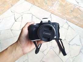 Canon Eos M50 Fullset plus aksesoris lengkap