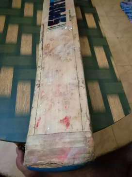 New balance cricket bat