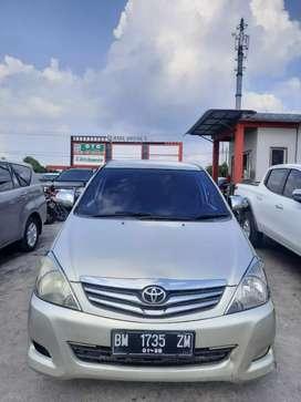 Innova 2011 G bensin matic