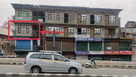 Space available on goodwill (BUDSHAH KADAL, LALCHOWK)