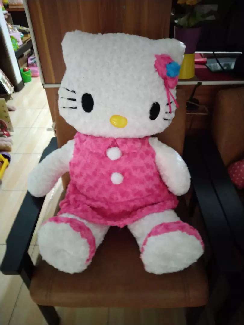 Boneka hello Kitty besar (baru) 0