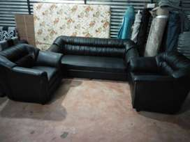 Brand new 3+1+1 sofa set in black colour at very reasonable price