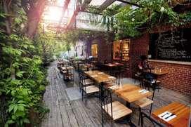 Dibutuhkan segera Posisi Waiters Di Resto Vile & Cafe