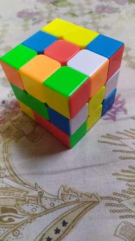 Rubik cube (ROCK).