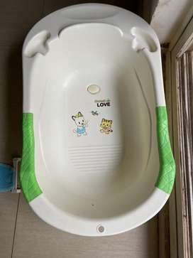 Baby Bath tub with baby net