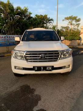 Toyota landcruiser 4.5 uk diesel V8 4WD at 2011