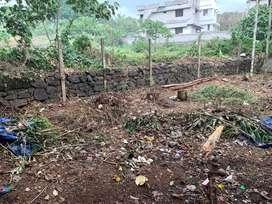 3 cent plot kakkanad 13.5 lakhs urgent sale  500 km from pukkattupady