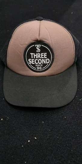 Topi 3second original