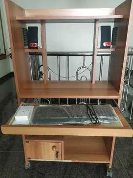 Computer/laptop wood desk