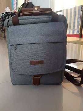 Tas backpack merk Millors produk gramedia, warna light denim