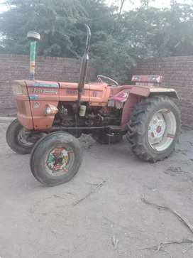 Tractor for sale 86 model very good condition
