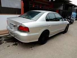 Muluss!! Mitsubishi Galant Hiu V6-2.4 A/T 2000 terawat   bmw city car