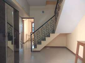 4BHK Semi Furnish Duplex Available for Sell At Manjalpur