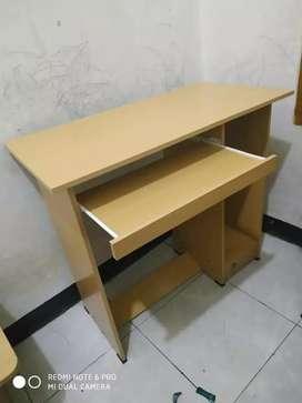 meja komputer bahan partcel