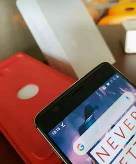 One plus 3t 6gb ram 64gb rom neat condition without any scratch