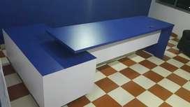 Office table 9.5 feet long portable/foldable