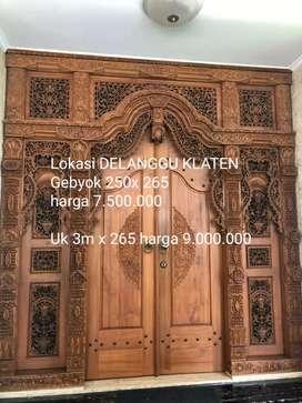 Pintu gebyok pintu jati