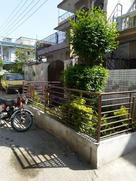 5 Marla nice Hight location House Availble For sale in sector i-10 isb