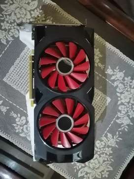 Xfx rx 580 4gb Black wolf mint condition