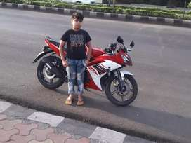 Yamaha R15 New Condition