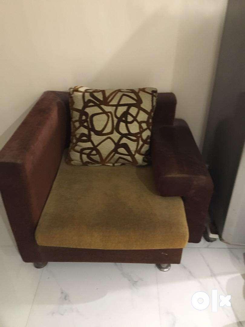 3+1 seater sofa 0