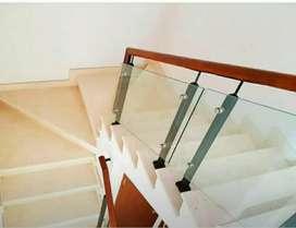 Reling tangga setanles kaca $9125
