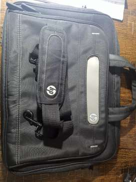 Hp orignal laptop bag for office use or Normal use