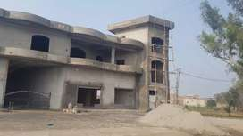 Special Building for school, bank or company on rent