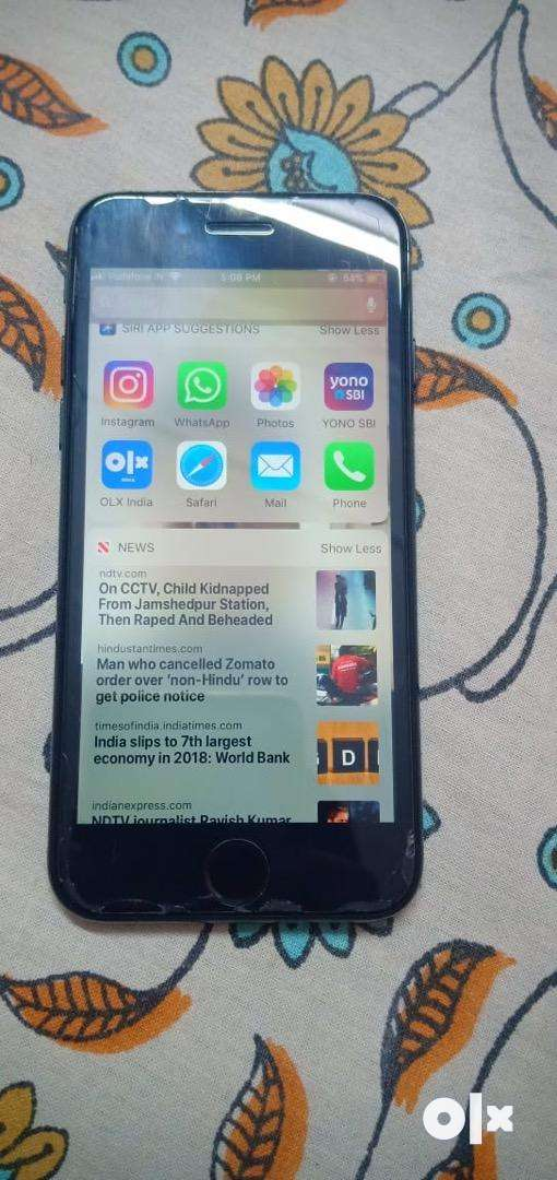 I phone 7 jet black 128gb 0