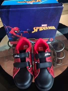 Sepatu anak Spiderman Slip On