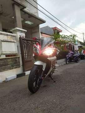 Yamaha R15 2014 Siap pakai TT Ajukan lokasi Cimahi Cihanjuang