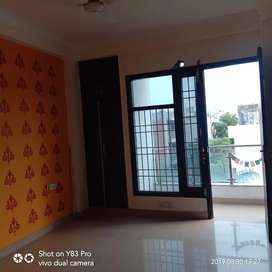 2 BHK FLAT FOR RENT IN CHHATARPUR NEAR TIVOLI GARDEN