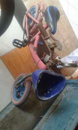 Dijual sepeda anak u/balita 3-5 thn,bisa lgsung pakai,harga 450rb nego