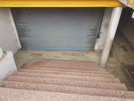 400sqft shop for rent in telibagh main raibareilly road