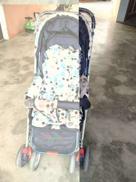 Baby pram upto 2 years of blue and white colour.