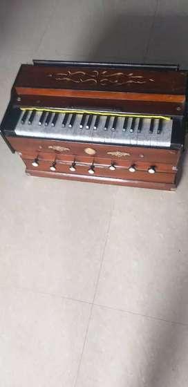 Antique Paris harmonium in 3 line of Bass-male -female for sale..