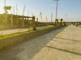 Commercial plot 30 marla main misrayal road